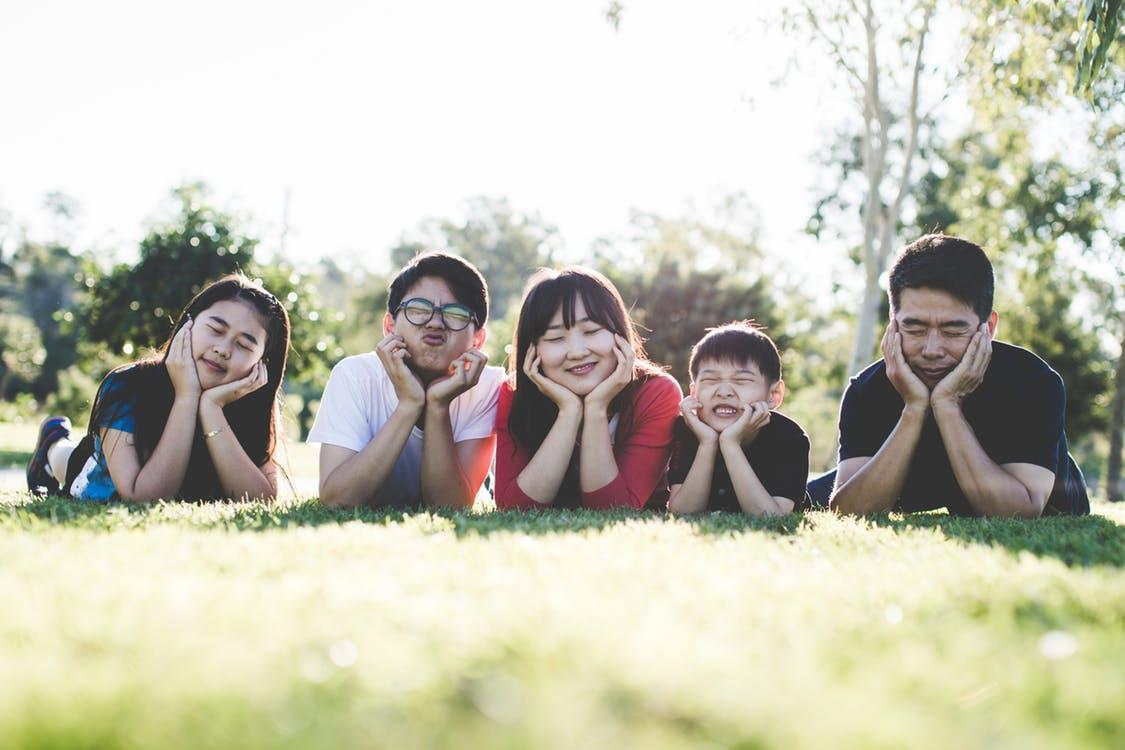 Outdoor-Family-Photo